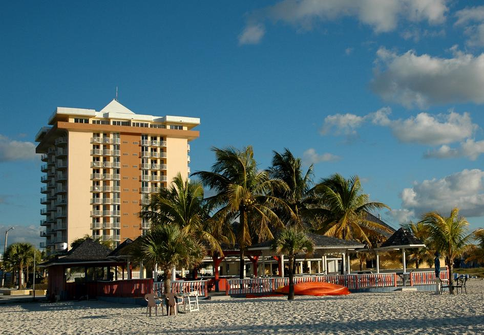 Unique Opportunity To Acquire One Of Grand Bahama S Most Significant And Storied Hotels With Lots E For Growth Expansion