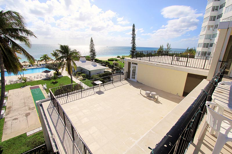 Grand Bahama Condo Townhouse At Lucayan Beach West