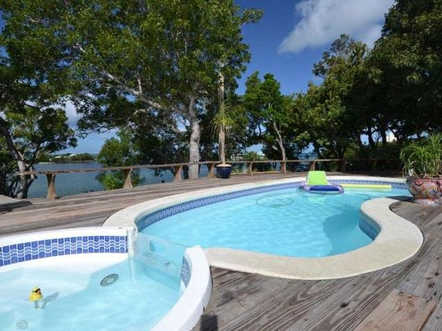 Abaco Single Family Home At Green Turtle Cay Id 26048