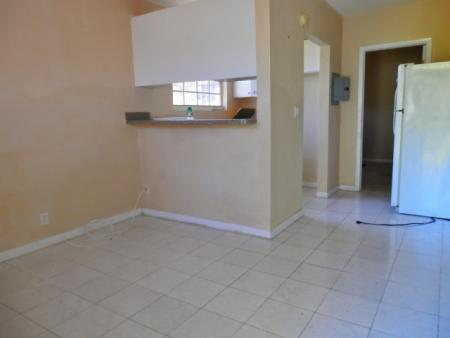 Attached 1 bedroom unit