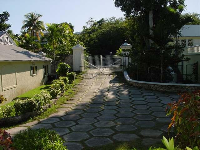 Nassau Single Family Home at Prince Charles Drive , ID - 26020